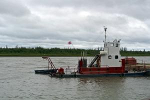 inuvikboatsmall
